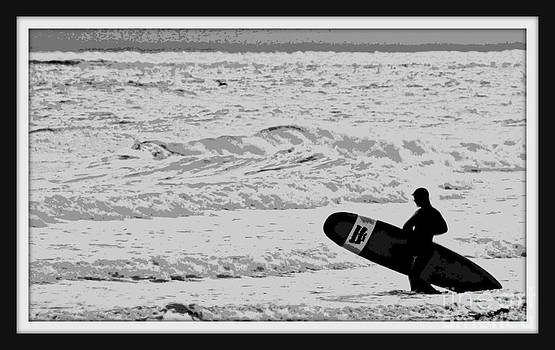 Surfer Heading In by Ellen Ryan