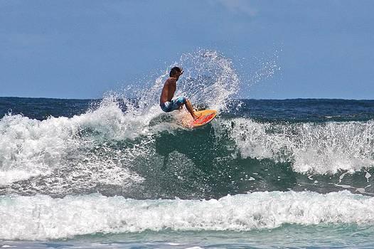 Venetia Featherstone-Witty - Surfing in Hawaii