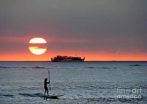 Surfing in Waikiki by Eva Kato