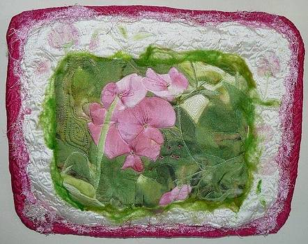 Sweet Pea Art Quilt by Pam Reed