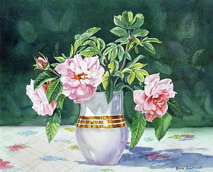Irina Sztukowski - Sweet Tea Roses Bouquet
