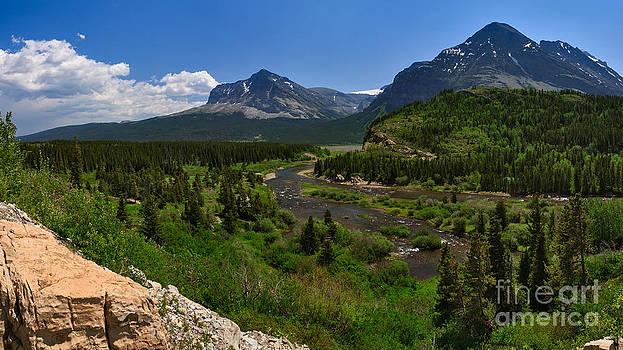 Charles Kozierok - Swiftcurrent River Panorama