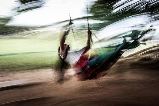 Swinging in a Dream by Fabio Giannini