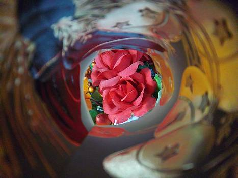 Swirl by Rosalie Klidies
