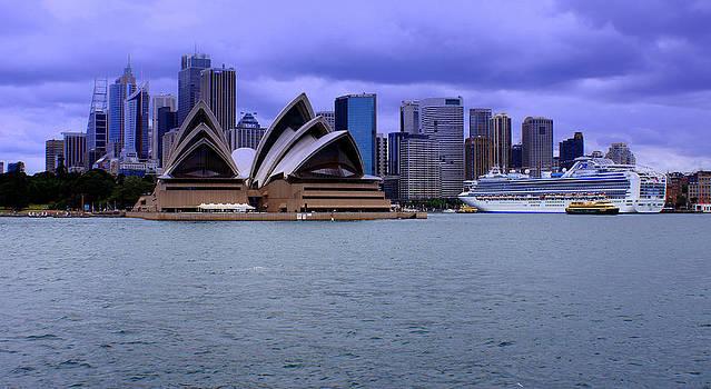 Sydney by DerekTXFactor Creative