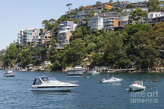 Bob Phillips - Sydney Seaside Villas and Boats