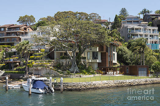 Bob Phillips - Sydney Seaside Villas Two