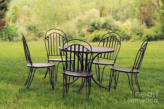 Table for five by David Sanchez