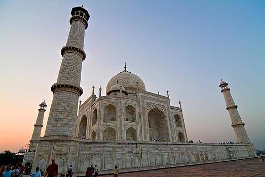 Devinder Sangha - Tah Mahal at wee hours