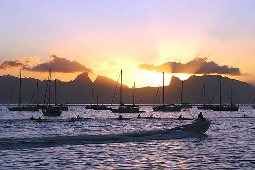 Tahiti sunset by Martha Lyle