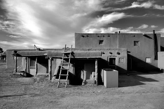 Robert Meyers-Lussier - Taos Pueblo Study 1