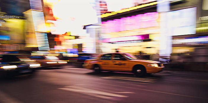 Taxi at Times Square - New York City by Thomas Richter