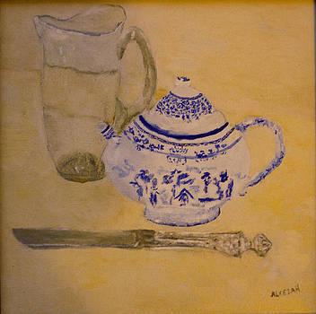 Tea Kettle by Aleezah Selinger