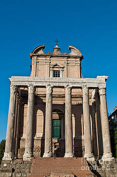Temple of Antoninus and Faustina by Luis Alvarenga