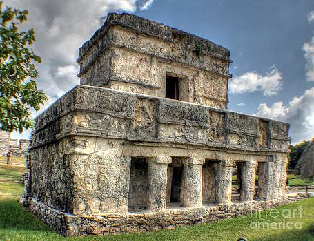 Ines Bolasini - Temple of the Frescos - Tulum