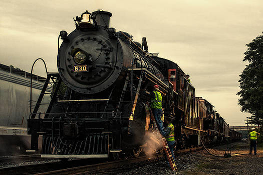 Tending to the Southern 630 by Greg  Booher