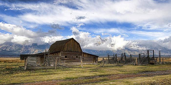 Teton Barn 2 by David Armstrong