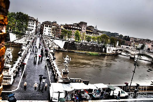 Tevere in rain by Francesco Zappala