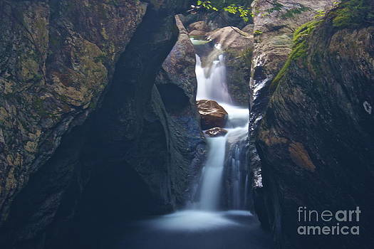 Amazing Jules - Texas Falls