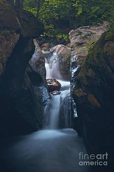 Amazing Jules - Texas Falls Vermont
