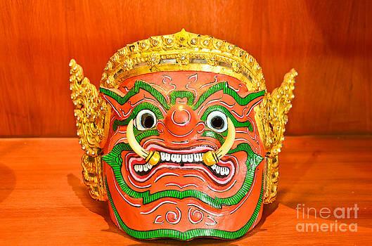 Thai Mask by Jeng Suntorn niamwhan