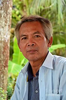 Thai mid age man by Bobby Mandal