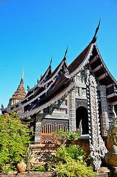 THAILAND temple  by Keerati Preechanugoon