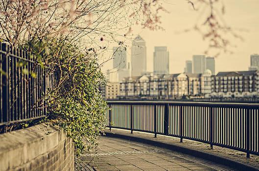 Heather Applegate - Thames Walk