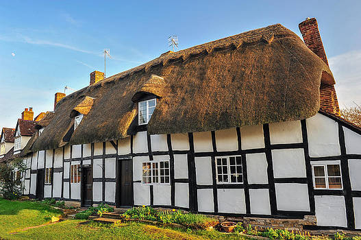 David Ross - Thatched Cottage Welford on Avon