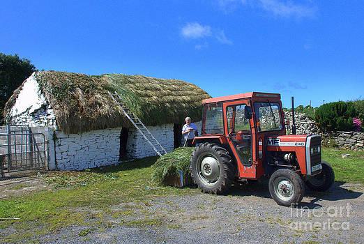 Joe Cashin - Thatching in the West of Ireland