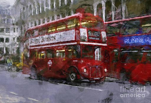 The 410 to Trafalgar by Skye Ryan-Evans