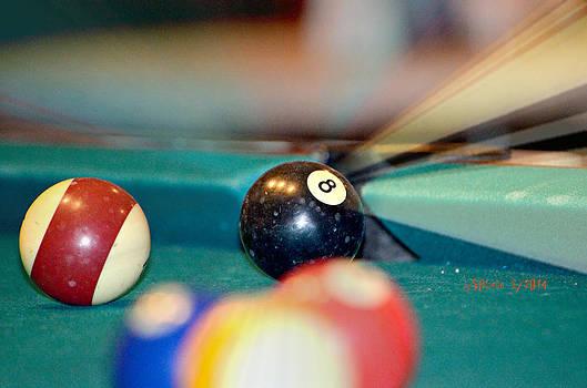 THE 8 Ball by Sheila Noren