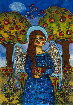 The autumn angel with the apples by Iwona Fafara-Pilch