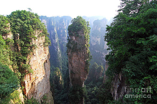 The Avatar Cliff in Zhangjiajie China  by Lars Ruecker