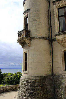 The Balcony by Gladys Turner Scheytt