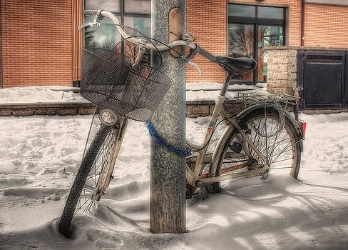 The Bike In The Snow by Leonardo Marangi