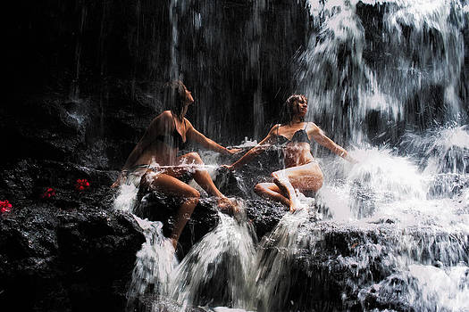 Jenny Rainbow - The Birth of the Double Star. Anna at Eureka Waterfalls. Mauritius. TNM