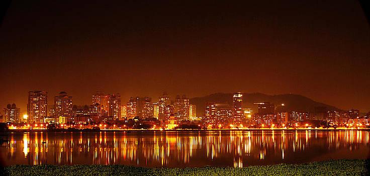 The Dream City - Mumbai by Money Sharma