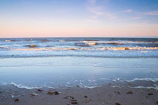 Ellie Teramoto - The evening colors of the ocean