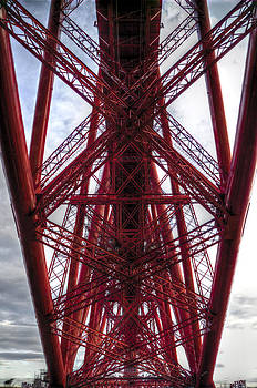 Ross G Strachan - The Forth Bridge Up Close and Personal