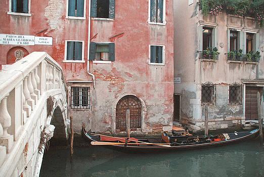 The Gondola by Nastasia Cook