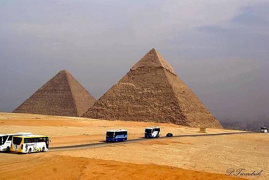 Patricia Twardzik - The Great Pyramids of Giza