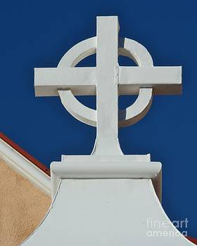 The Holy Cross by Kathleen Struckle