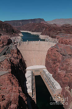 The Hoover Dam by Tom Hard