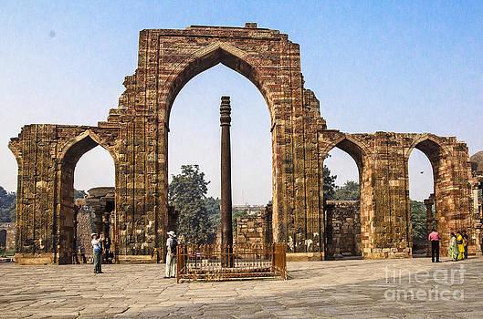 Pravine Chester - The Iron Pillar of Delhi