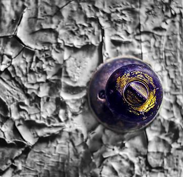 The Knob by Dmitriy Mirochnik