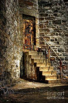 Lois Bryan - The Locked Door
