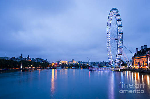 The London Eye Dawn Light by Donald Davis