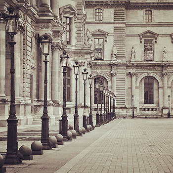 The Louvre by Tanis Crooks