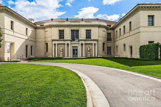 Jamie Pham - The magnificent Huntington Art Gallery.